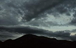 s-clouds-dark-annecy-2287-k64-a